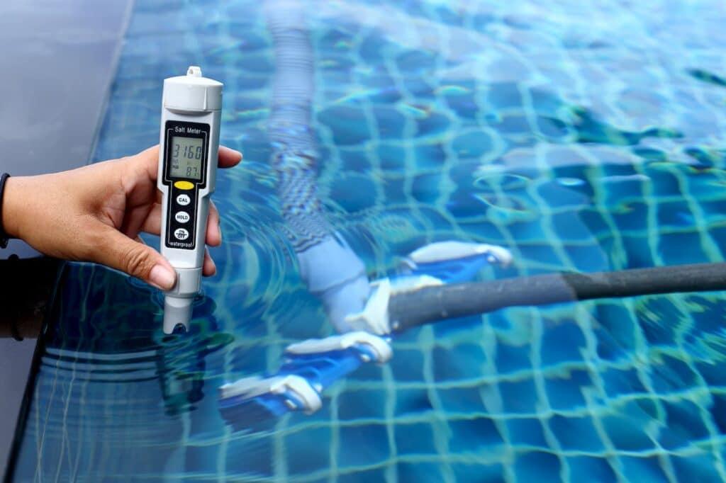 mantenimiento de piscinas de poliester
